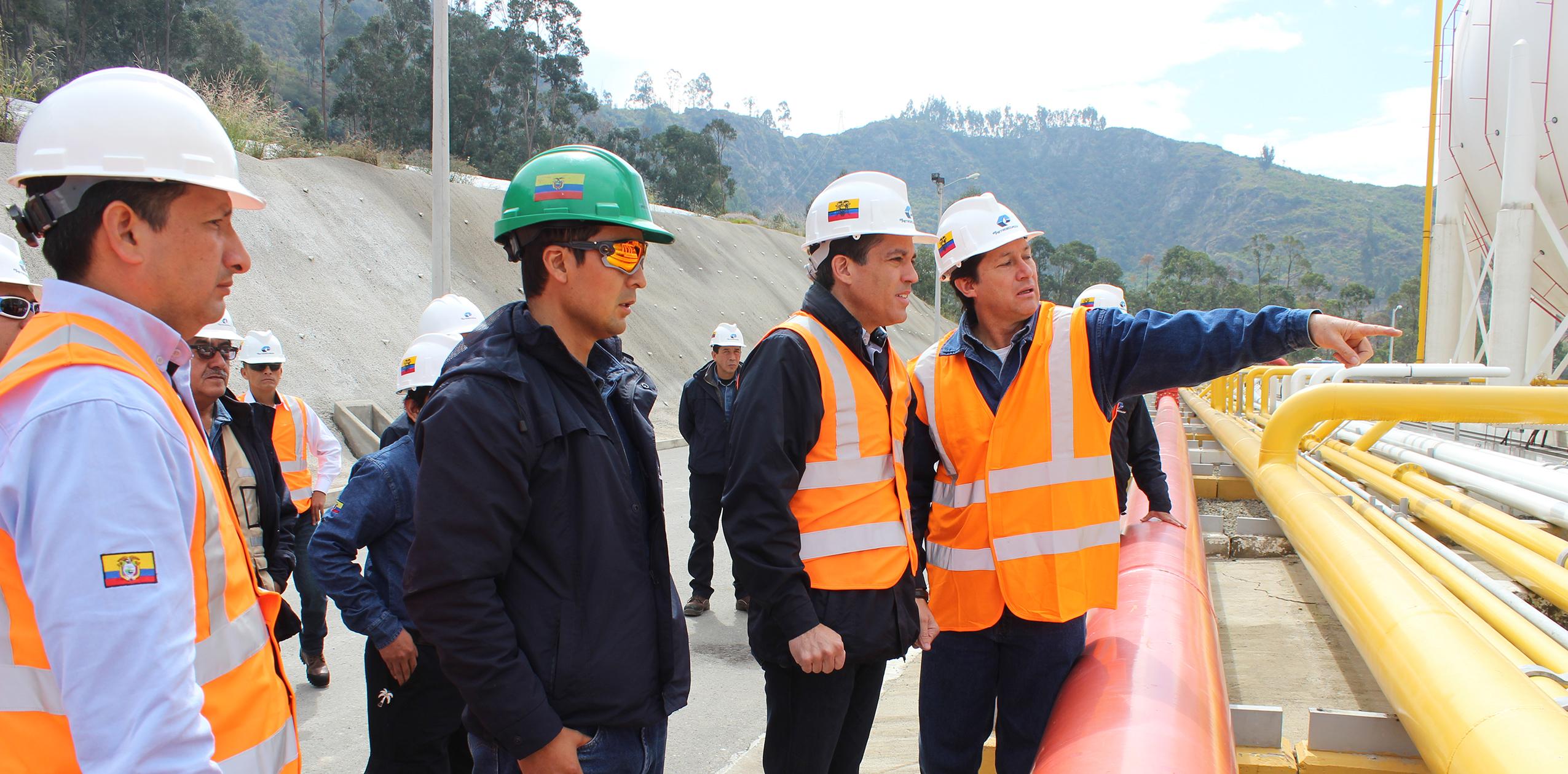 Técnicos de la EPN presentaron informe preliminar sobre inestabilidad de taludes en Terminal de Productos Limpios Cuenca